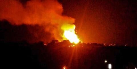 سه انفجار شدید در پایگاه ائتلاف سعودی در مرکز یمن